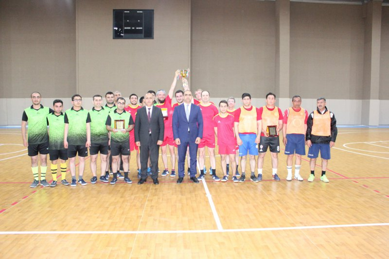 Chess players competed for the futsal championship 8