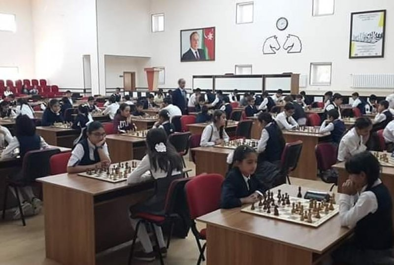 Nakchivani chess: Today 2